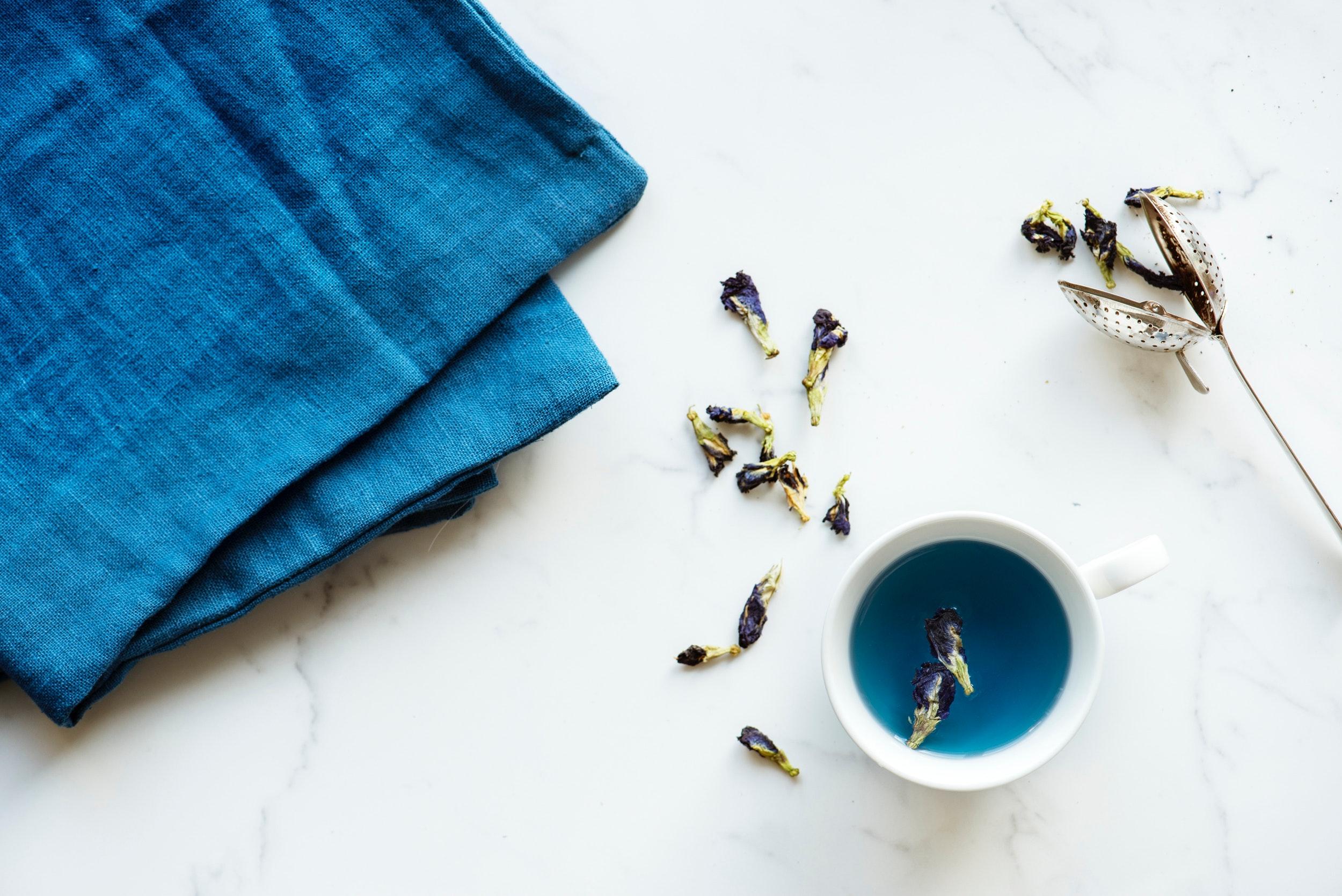 ▲ 花草茶不僅香氣宜人,能讓身心放鬆、舒緩壓力,還具有各種保健功效,常被女生當作日常保養的飲品。