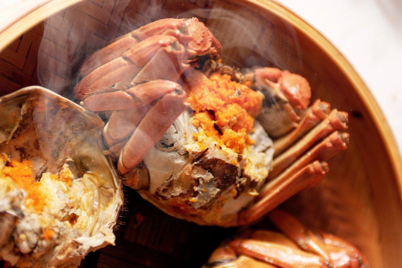 鮮黃欲滴的蟹膏、雪白厚實的蟹肉,是老饕們秋季不可錯過的秋季食材