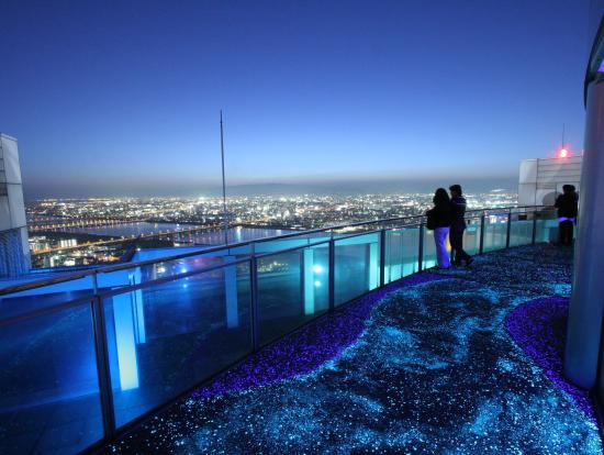 藍天大樓空中庭園景觀台