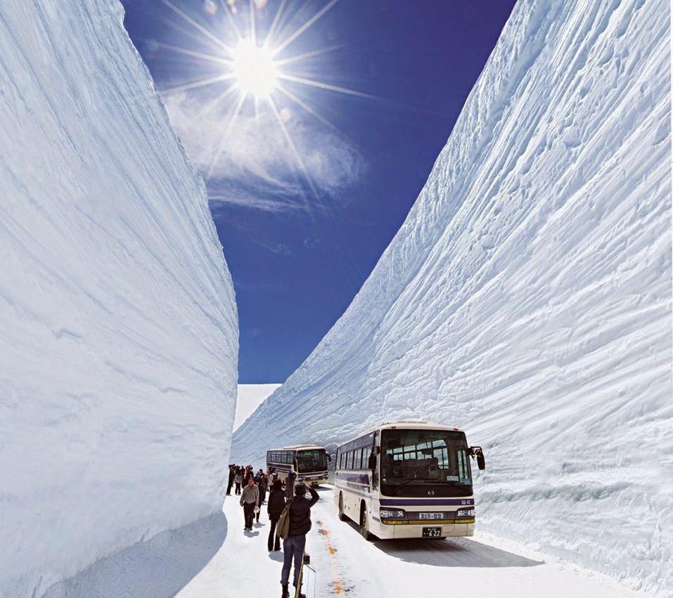 立山黑部雪壁絕景