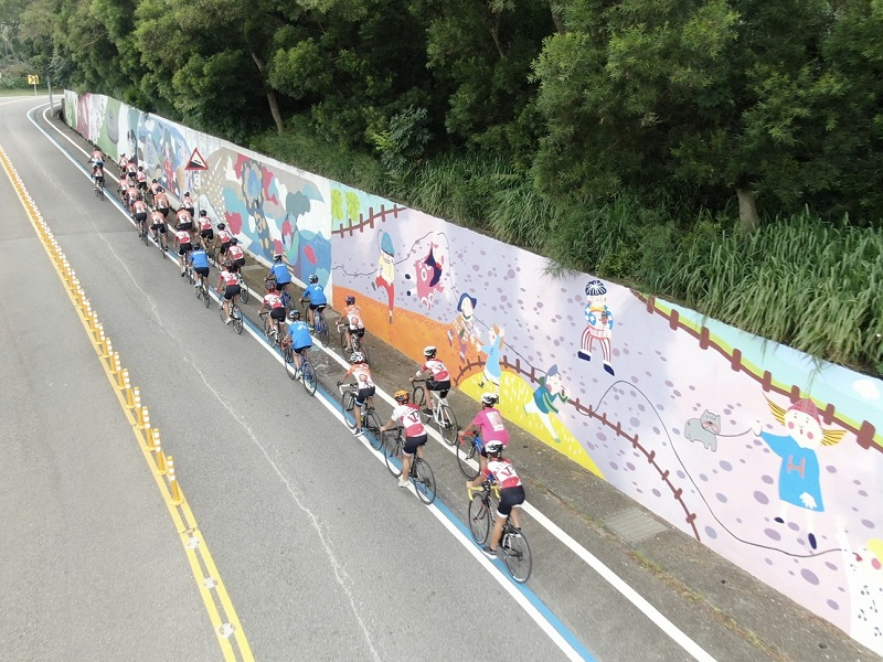彩繪牆新熱點!大甲鐵砧山挑戰型自行車道,車友們快來征服!