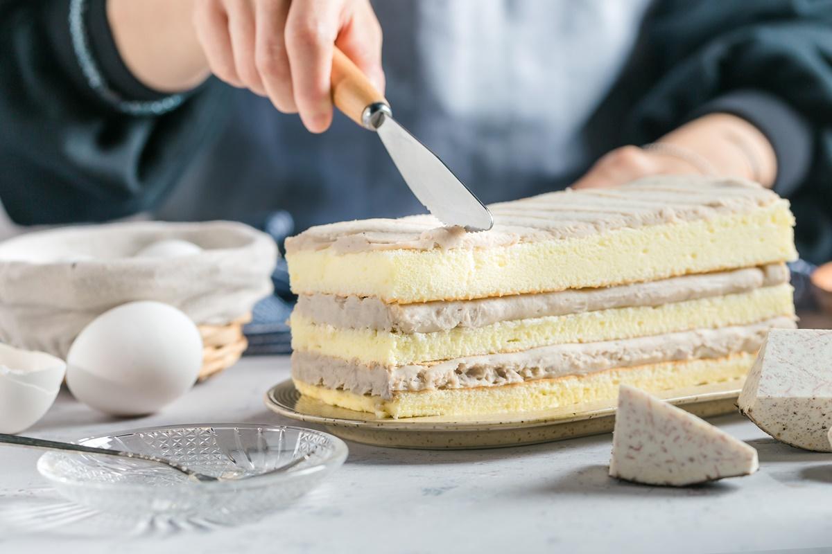 【圖十】《普悅麗烘焙》經典芋泥蛋糕