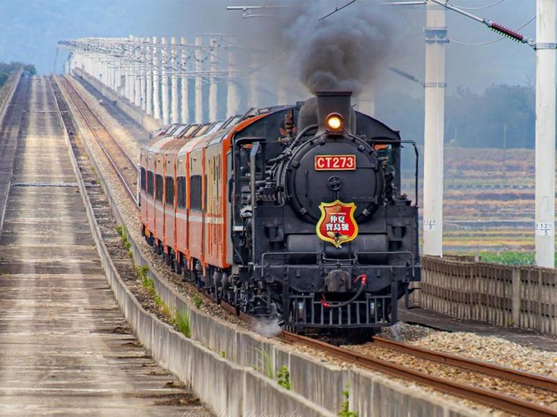 期間限定蒸氣火車巡禮倒數!台東可不只有熱氣球還能追火車!