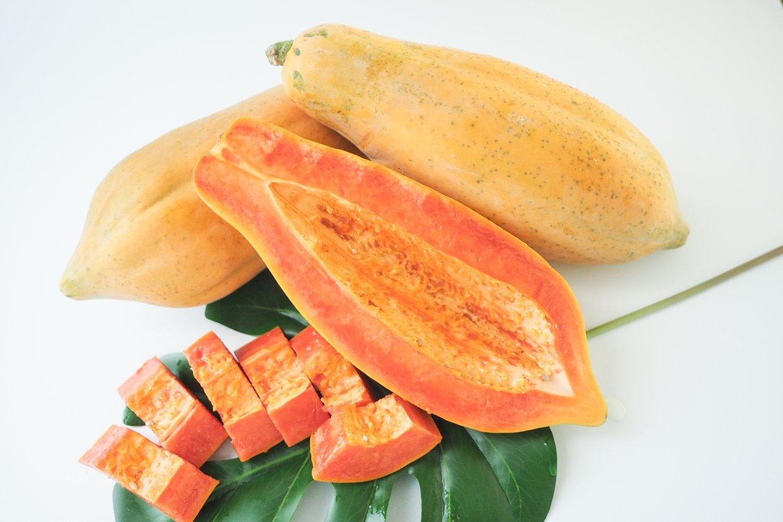 運動後補充木瓜等豐富維生素的水果,可以減緩肌肉損傷。