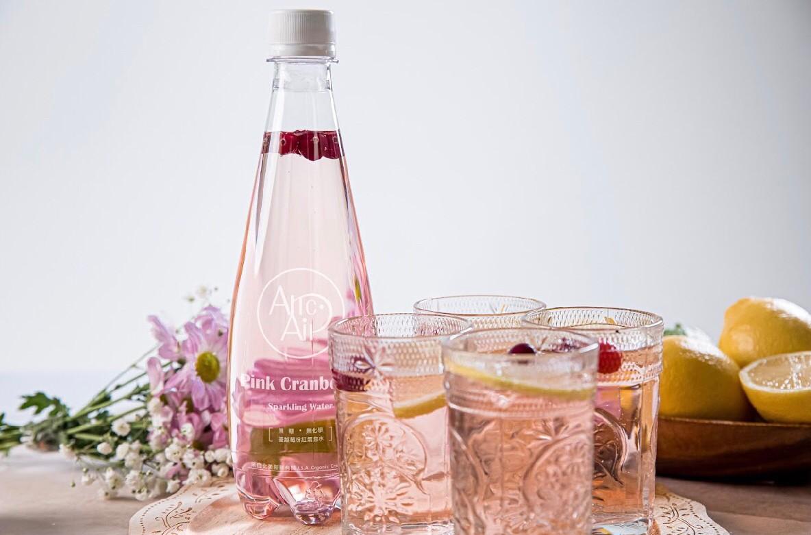 超質感氣泡水來了!一喝驚艷的台灣氣泡水品牌,讓你沒事多喝水