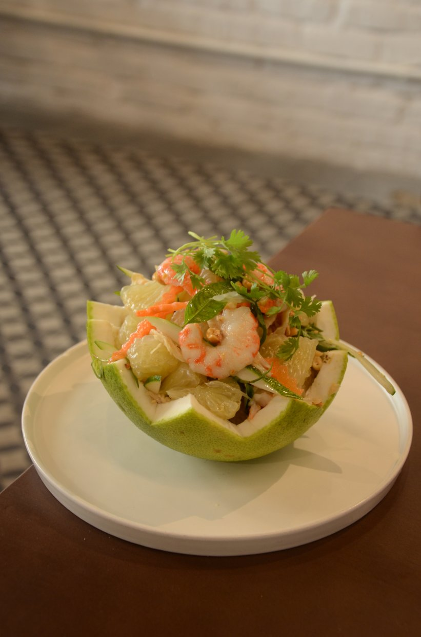 Vietnamese,Pomelo,Salad ,Tossed,Shredded,Pomelo,,Bean,Sprouts,,Basil,,Mint,