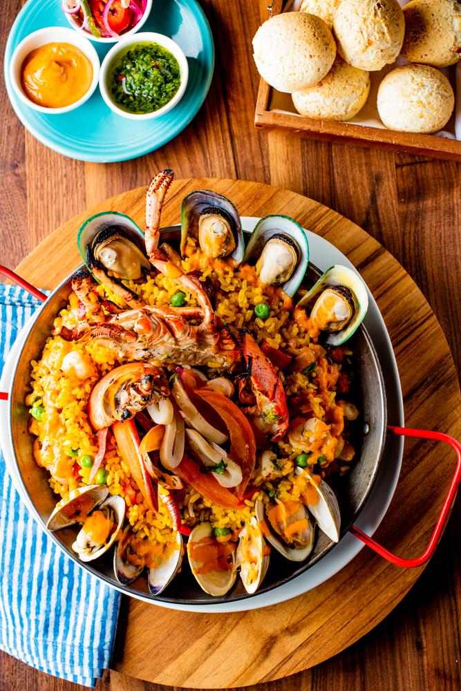 Paella ,Traditional,Classic,Spanish,Seafood,Dish,With,Fresh,Seafood,,Shrimp,
