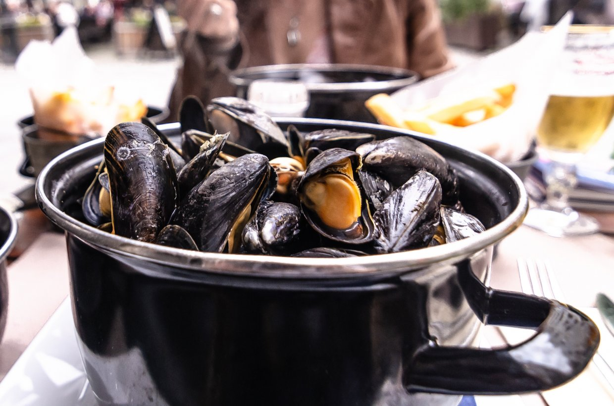 French,Cuisine, ,Moules,Frite,Aka,Mussels,And,Fries,Or