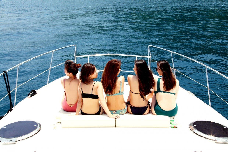 【圖十】海洋教育 豪華雙體遊艇 SUP暢遊如夢似幻牛奶海