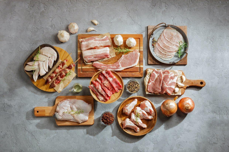 奧丁丁市集獨家《農場晃晃》肉品烤肉箱,內含牛豬雞三大熱門烤肉肉品,尤其牛肉還是少見本土養殖安格斯黑牛