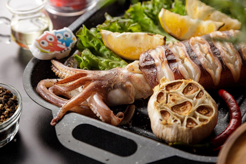 北海漁鋪海陸箱內有六大品項,尤其透抽是新鮮捕撈並活體急凍,彷彿能吃到大海的味道。