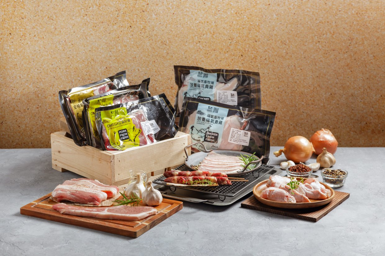 《農場晃晃》中秋優質肉品烤肉箱 (3~4人份),奧丁丁獨家優惠價:$1,570 / 箱。